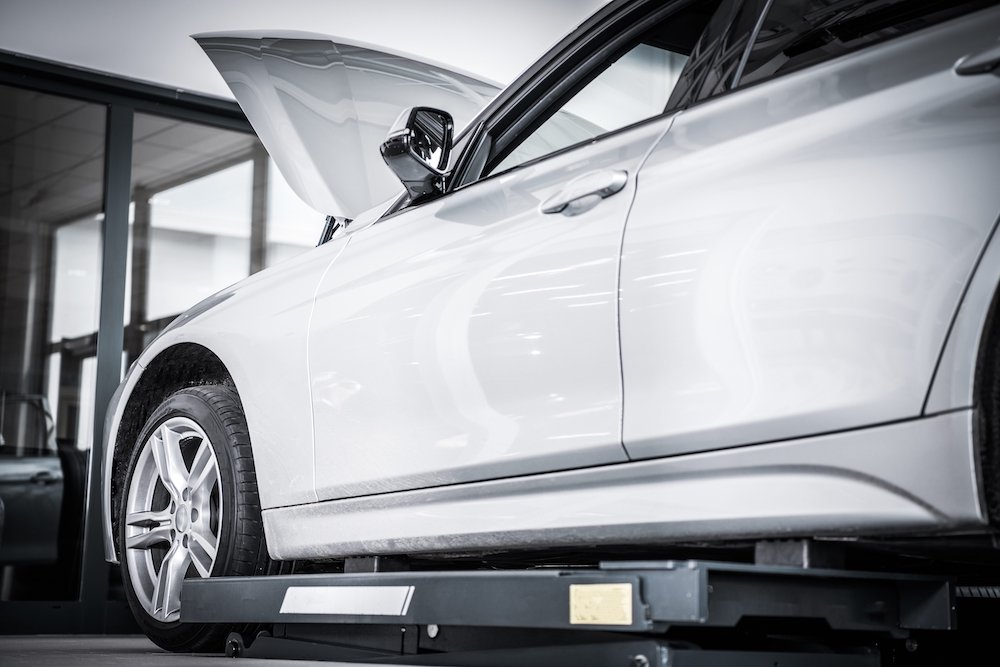 Auto Body Car Maintenance Shop